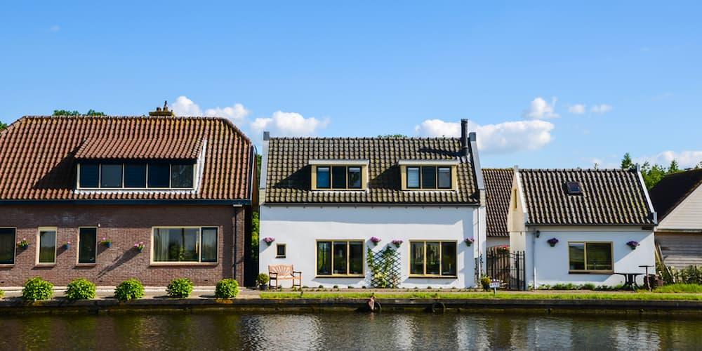 Häuser in unterschiedlicher Größe, wie viel Haus kann ich mir leisten?