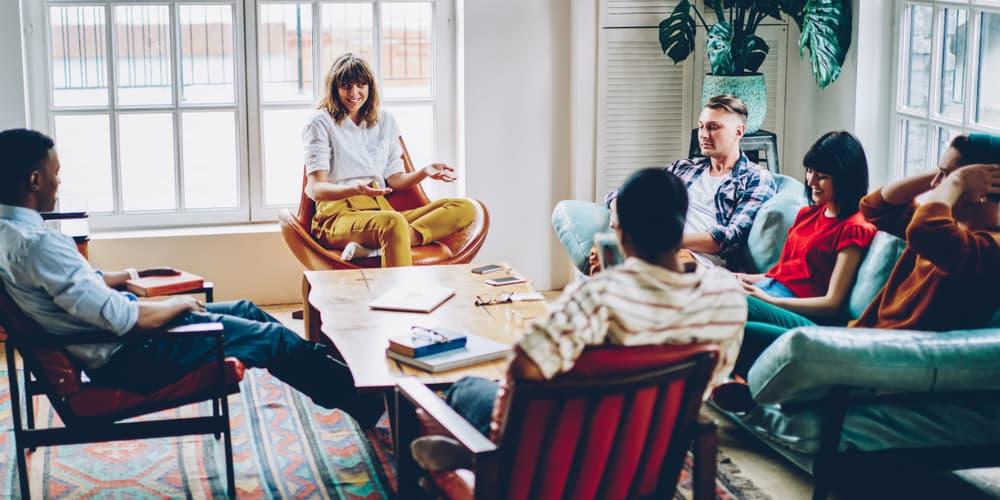 Die Eigentümergemeinschaft bei einem Treffen